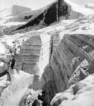 Eisbruch mit deutlicher Schichtung im Schlatenkees an der Schwarzen Wand